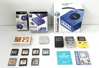 ニンテンドー ゲームキューブ コントローラー / ゲームボーイ ライト カラー アドバンス 本体,カラー ソフト など ゲーム買取